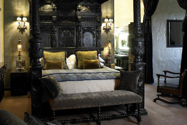 Astounding Bedrooms In Borthwick Castle Every Room Tells A Story Download Free Architecture Designs Rallybritishbridgeorg